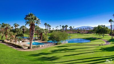 Photo for Gorgeous Palm Valley CC Villa on 16th. Tee