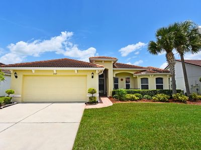Photo for Lovely Lakeside 4 Bed Pool Home at Villa Sol - 3125