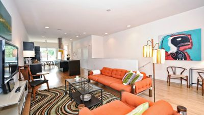 Luxury 2br/2.5ba condo in Wesley Heights by Uptown Charlotte