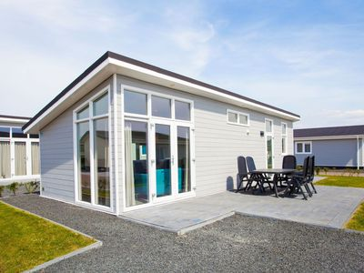 Photo for Cosy apartment for 5 guests with pool, WIFI, TV and parking