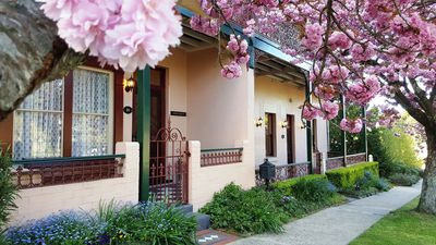 Photo for 2BR House Vacation Rental in Mount Victoria, NSW