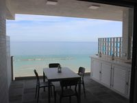 Great appartement with an even better view at the sea!!