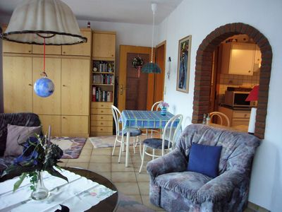 Photo for Cozy and bright 2 room apartment