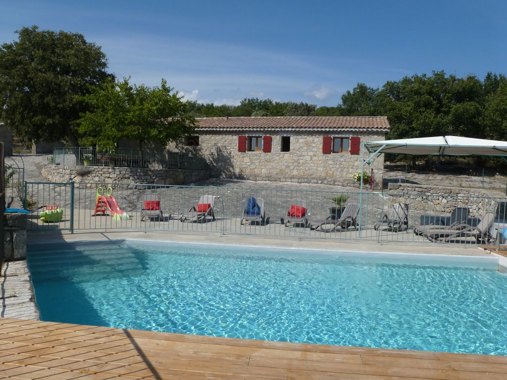 BEAUTIFUL HOUSE OF CHARACTER 4 **** From 2 To 9 Persons HEATED Private Pool