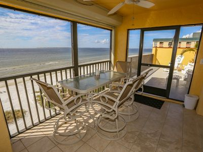 Photo for 2 BEDROOM PENTHOUSE IN FORT MYERS BEACH, FL