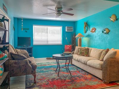 Photo for Jungle Bungalow, 2 BR, 1 BA gorgeous unit. Walk to the beach. Washer & Dryer