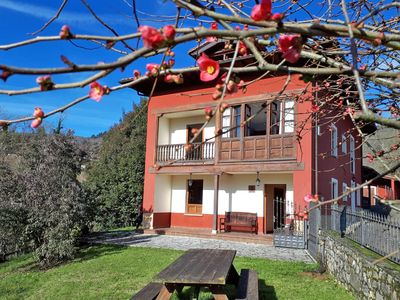 Photo for 5BR Cottage Vacation Rental in San Román de Villa, Principado de Asturias