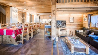 Photo for SUPERB CHALET 6 PERS. CLOSE TO SKI LIFTS AND SHOP. SAUNA AND JACUZZI