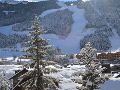 Photo for Apartment at the foot of the slopes with Wifi, terrace and wonderful views. Ed. L'avet