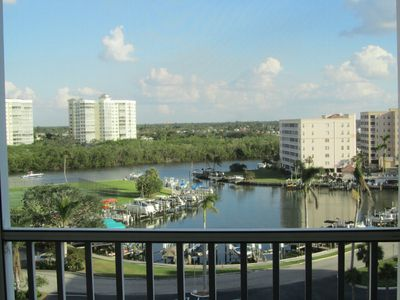 Photo for 8th Floor Gulf View, Walking distance to Beach