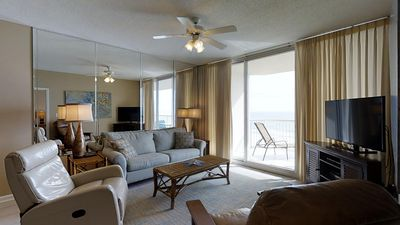 Photo for Spoil yourself with a beach vacation here in Catalina 1003!