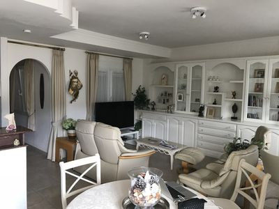 Photo for Beautiful 2 bed, 2 shower room fourth floor aparment with large terrace