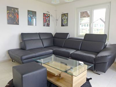 Photo for Cosy apartment for 5 guests with pool, TV, balcony and parking