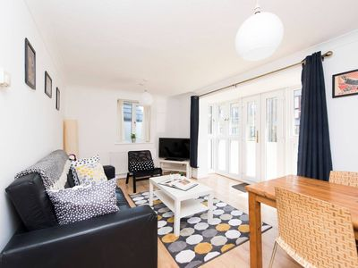 Photo for Lovely 2BR Flat in East London