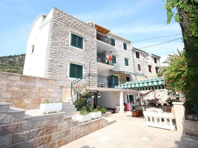 Photo for One bedroom apartment near beach Bol (Brač)