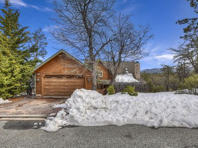 Photo for Charming 3 Bedroom, 2 Bath Cabin with Stunning Views!!!