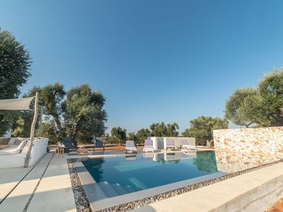 Photo for Beautiful private villa for 8 people with WIFI, A/C, private pool and parking, close to Ostuni