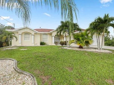 Photo for Private 4 Bedroom, 3 Bath, Heated Pool, w/ Water View near Beach & Golf Courses