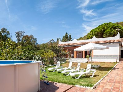 Photo for Charming Home Near Vejer with Pool & Terrace; Pets Allowed, Parking Available