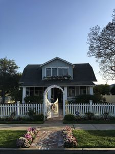 Photo for Charming Bayside Cottage