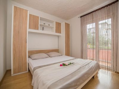 Photo for One bedroom apartment with terrace Okrug Gornji (Čiovo)