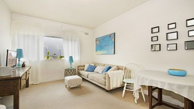 Photo for Little Gem Apartment at Balmoral