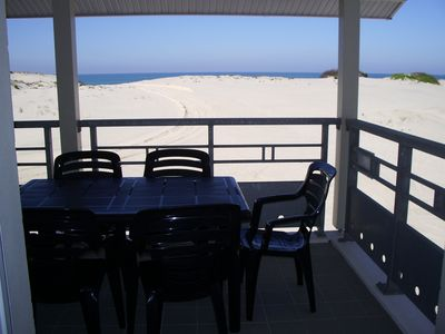 Photo for T3 facing ocean, Wifi, direct access to the beach, private parking on the ground floor
