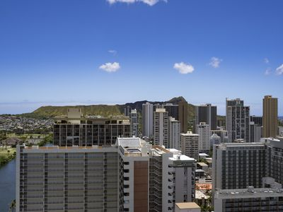 Photo for Island Colony High 31 Floor with Panoramic Ocean and Diamond Head View!