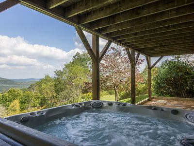 Photo for Alpenglow - Directly between Boone & Blowing Rock! Nice yard, Mountain Views, Hot Tub