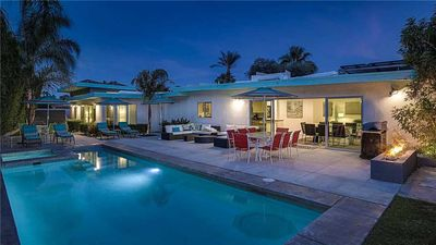 Photo for Come enjoy the simple elegance of Palm Springs! Book Now For April Music Festivals.