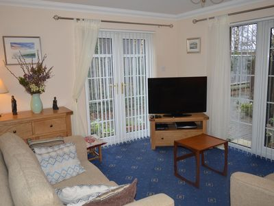 Photo for Beach Ground Floor Flat, Edinburgh, Golf Coast & Festival Let Sleeps 4