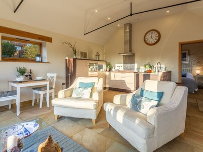 Photo for Idyllic and stylish single-storey barn conversion for two