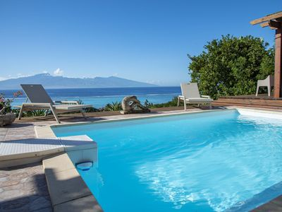 Villa Ora by Tahiti Homes - Pool with stunning sea and Tahiti views