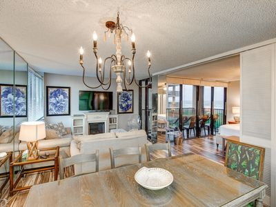 Luxurious but Comfortable, Steps from the Beach, Unforgettable Family Memories