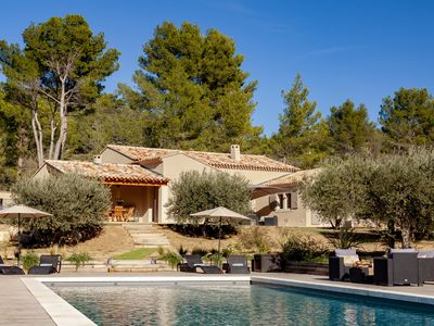 Photo for Villa in Provence with pool Les Baux-de-Provence in the heart of the Alpilles