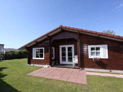 Photo for Beachpark 42 wooden chalet ideal for a beach holiday