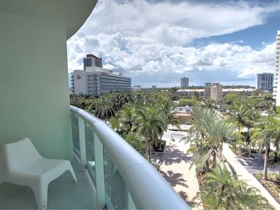 Photo for Delightful Bay View on Hollywood Beach