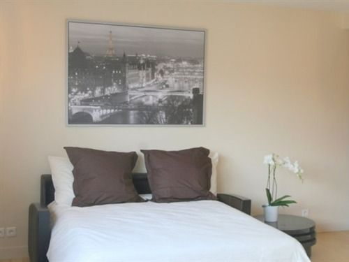 SHORT STAY PARIS APARTMENTS, Paris: SHORT STAY PARIS APARTMENTS, Paris    8549974