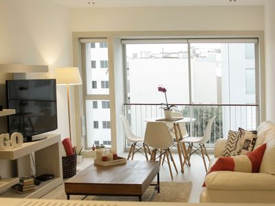 Photo for Stunning flat with a pool - Oceanview