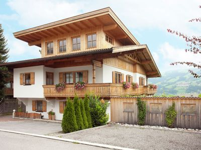 Photo for Attractive, luxurious accommodation 150 m from cablecar.