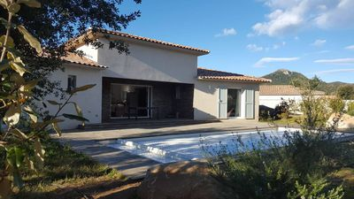 Photo for Villa with pool, sleeps 8, 5 min beaches