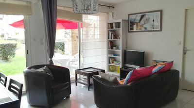 Photo for Charming pied-à-terre in residence with small garden, and 200m from the beaches.