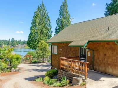 Photo for Heron Cottage - Serene Lakeview Cottage with Gorgeous Sunsets