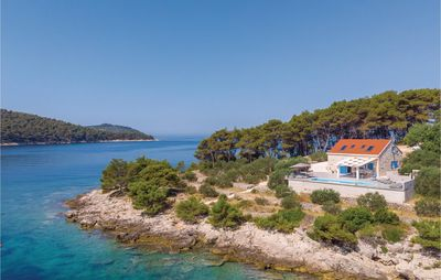 Photo for 4 bedroom accommodation in Mikulina Luka