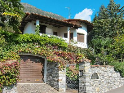 Photo for Vacation home Villa Massimo  in Carlazzo (CO), Lake Lugano - 6 persons, 2 bedrooms
