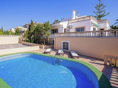 Photo for Spacious house in quiet residential area with private pool, terraces and BBQ.
