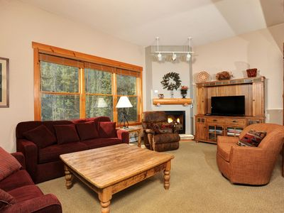 Photo for Cozy and Charming Mountain Getaway for 4 with Amazing Amenities