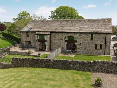 Photo for 3 bedroom property in Malham. Pet friendly.