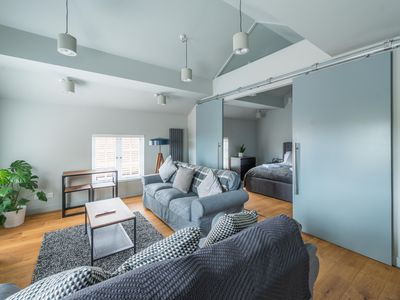 Photo for Stylish Luxury Apartment in The Centre of Henley