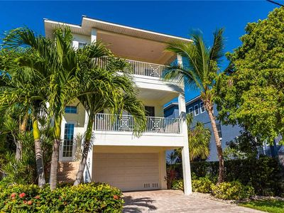 Photo for Reduced Rates 25% OFF! Private Heated Pool - Close to Bay Beaches in Anna Maria